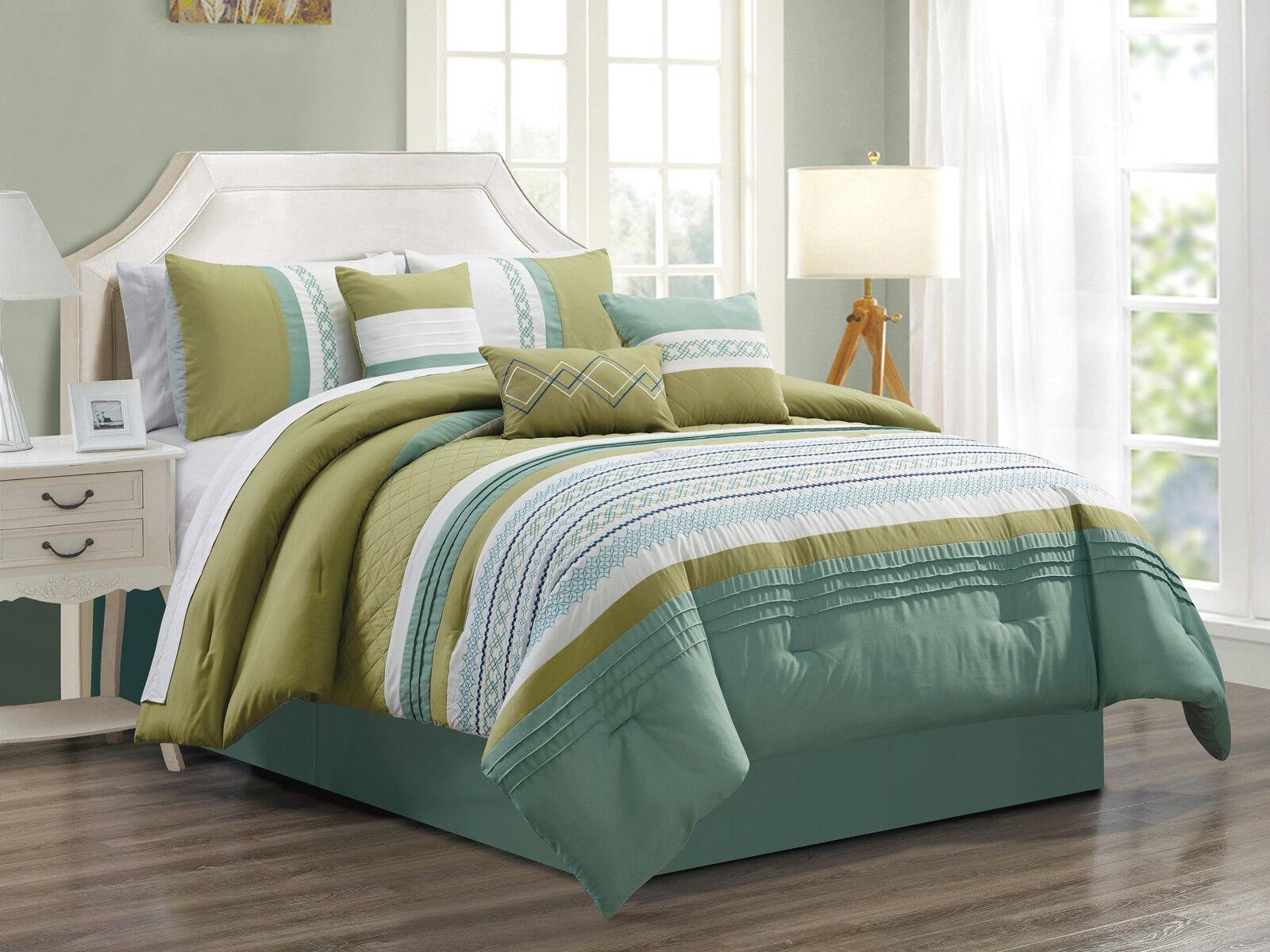 7-Pc Alexis Star Diamond Geometric Comforter Set Sea Green Sage White bluee King
