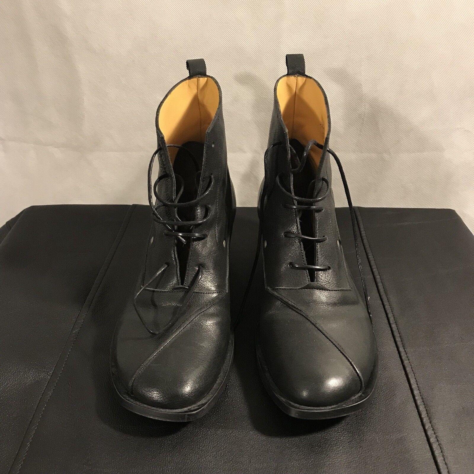 JOHN FLUEVOG Classic Oxford Cubic Heel Boot, Sz. 11