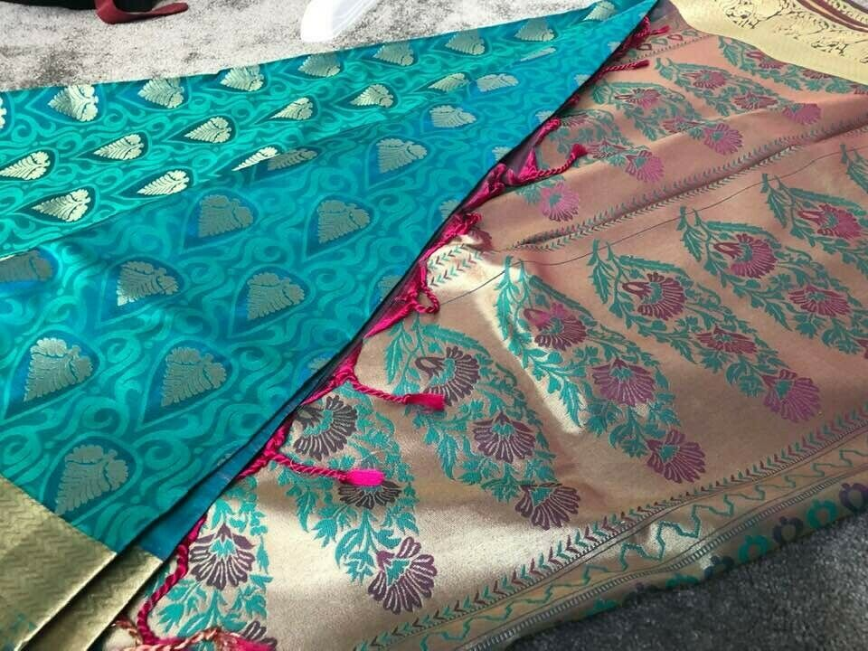 Beautiful Teal and Pink Saree with blouse piece (New)