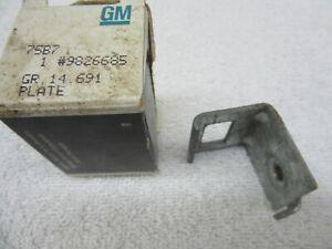 72-79 Camaro Firebird Window Center Rear Inner Door Panel Retainer Plate Felt