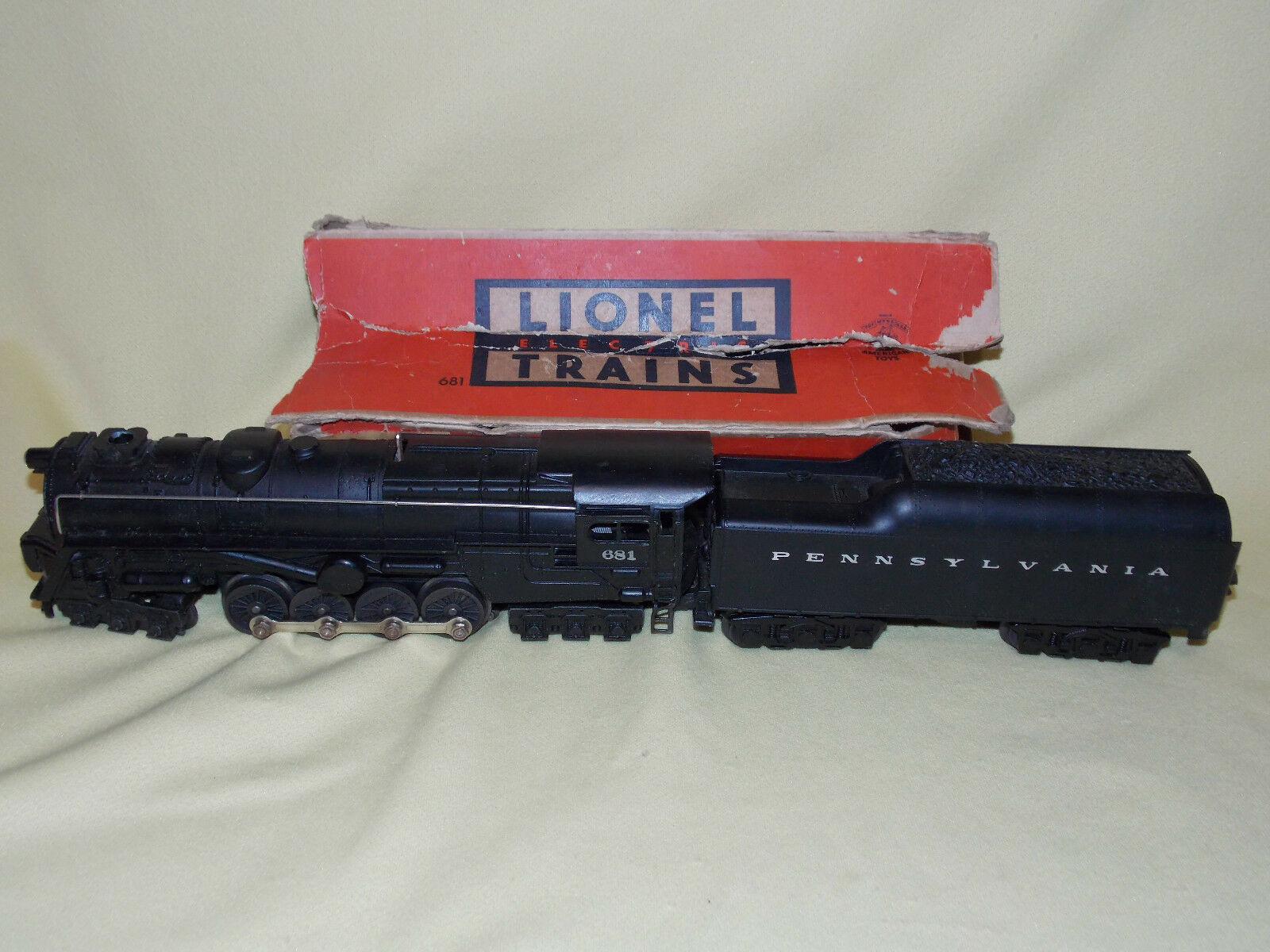 LIONEL 681 Postwar PRR Turbine Locomotive with 2671W Tender SERVICED Excellent