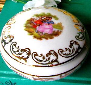 Royal-Bavaria-Fragonard-Trinket-Box-With-Lid-German-Porcelain-Powder-Box