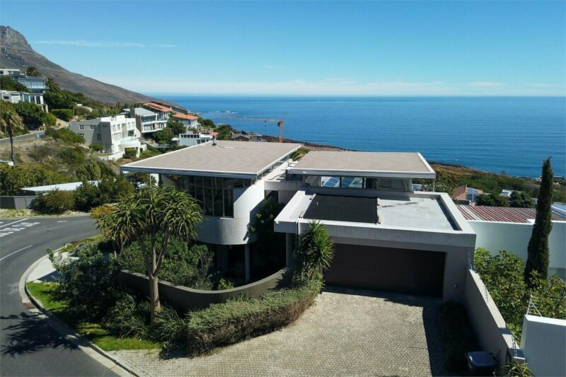 Exceptional luxury dream home with Majestic Views
