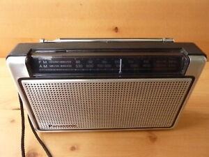 PANASONIC-RF-507-AM-FM-Transistor-radio-very-clean-great-working-condition
