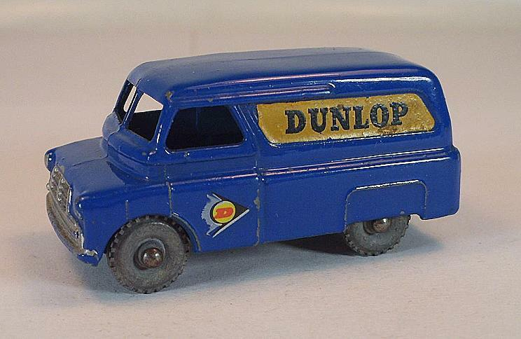 MATCHBOX REGULAR WHEELS Nº 25 a BEDFORD Dunlop Van Dark bleu PL LESNEY 1  249