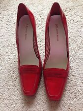 Womans Ann Klein Shoes -  Size 7.5M