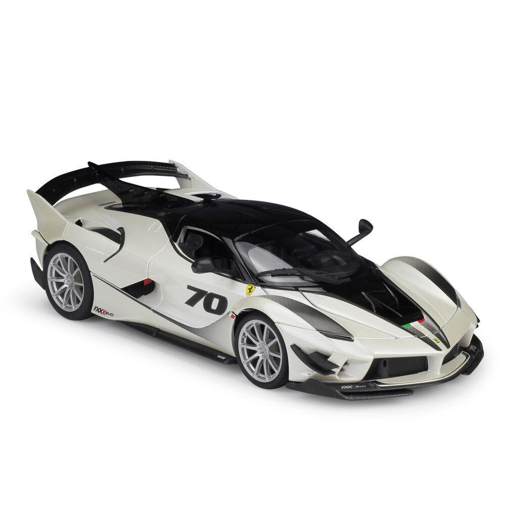Bburago 1 18 Ferrari FXX K fxxk Evo Diecast Modelo Coche de Carreras biancao Nuevo En Caja
