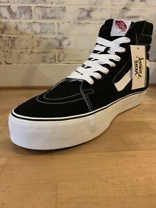 Détails sur VANS OTW (GIANT SK8 HI) RARE Boutique Affichage Prop Taille de chaussure 66 Noir Blanc Nouveau Neuf avec étiquettes afficher le titre