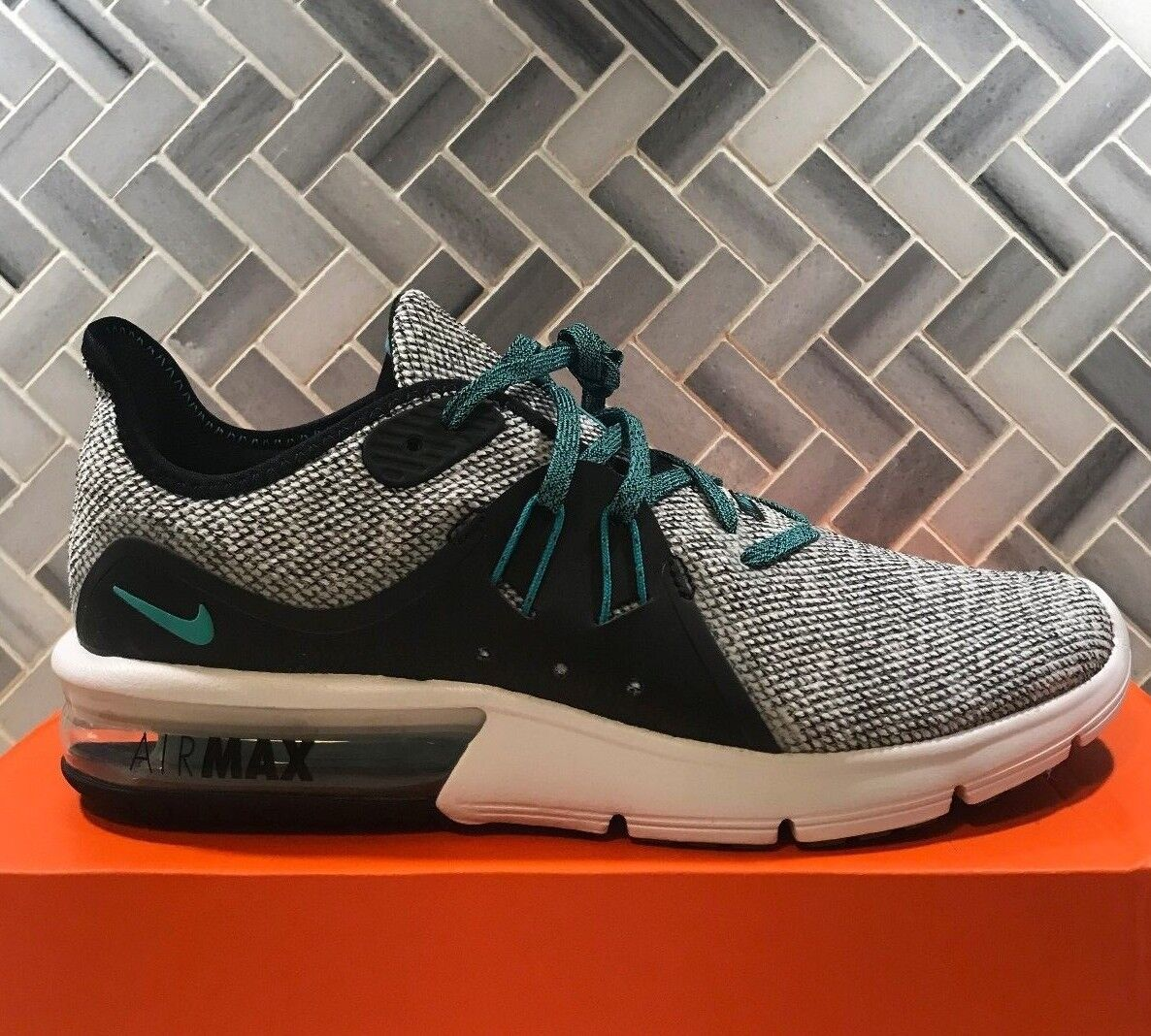 Nike Air Max Sequent 3 FK Hyper Jade Black Flyknit 921694 100 Sz 8.5/7.5 IN HAND