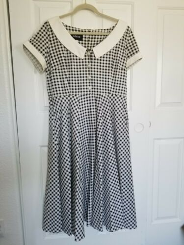 """Collectif """"Madeline"""" Gingham Swing Dress, Size UK"""