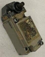 Electrical Limit Switch Omron D4a Side Rotary Actuator Tested