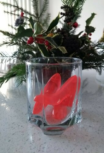 Tipsy Toes Six Water-Filled plastic Ice Cubes BEST PRICE by Fred Brand New.