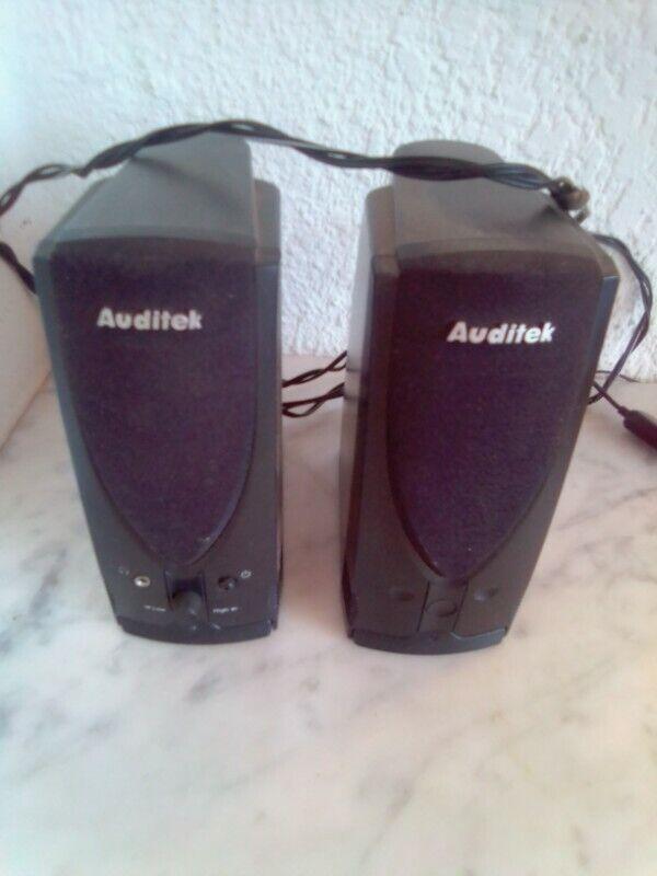 Auditek Speakers. USB- power cable, slot for external charger. I am in Orange Grove.