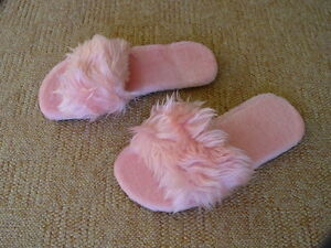 f6809077b0e Image is loading Pink-Womens-Flat-Fluffy-Slippers-UK-4-5-