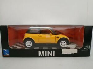 2002-NEW-BMW-MINI-COOPER-COCHE-DE-METAL-A-ESCALA-SCALE-DIECAST
