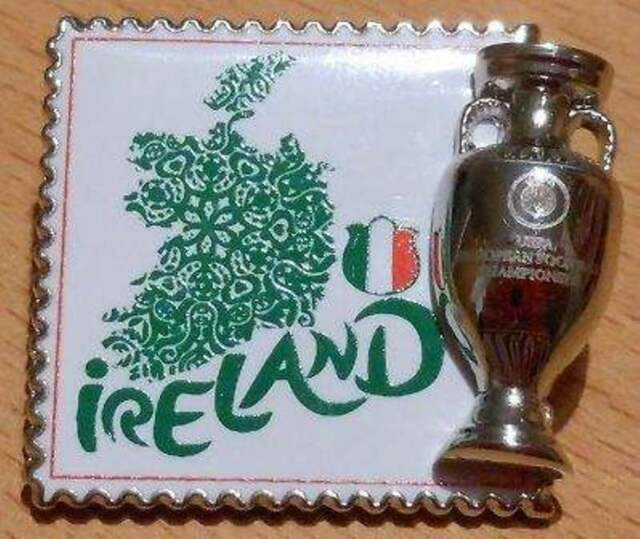 Pin + Nationalmannschaft Team Irland + Fußball EURO 2012 Polen / Ukraine + 3D +