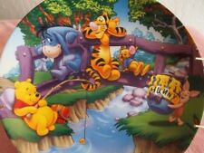 """WINNIE THE POOH COLLECTOR'S PLATE  """" SUMMER"""" c) DISNEY WITH PLATE HANGER"""