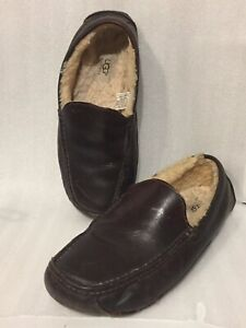 d19a727bde4bc MEN'S SIZE 11M Brown LEATHER UGG Australia Slippers SHEEPSKIN LININ ...