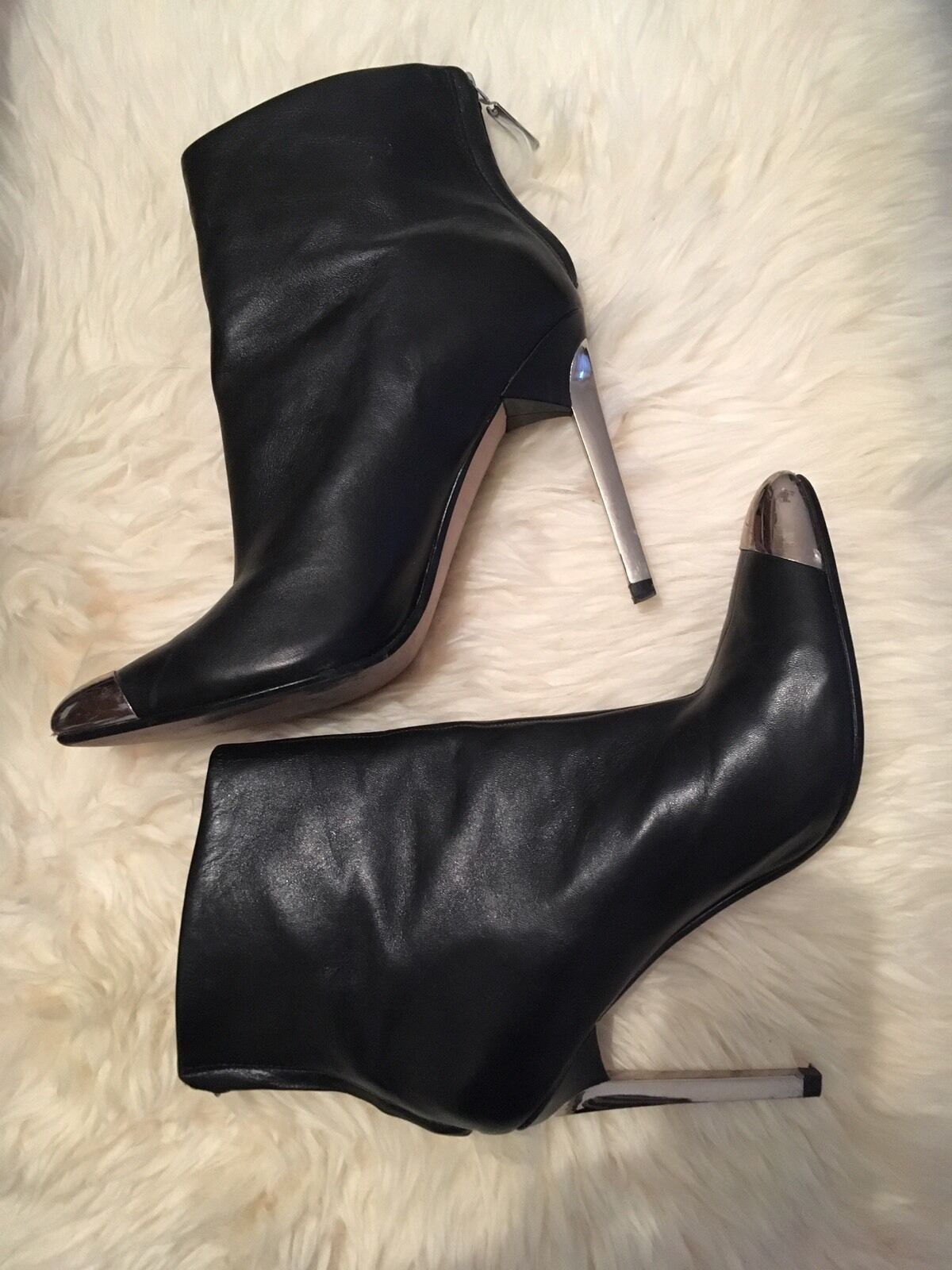 ZARA Woman Leder Stiefelette schwarz High Heel Spitze & Absatz Metall Gr 39 Top