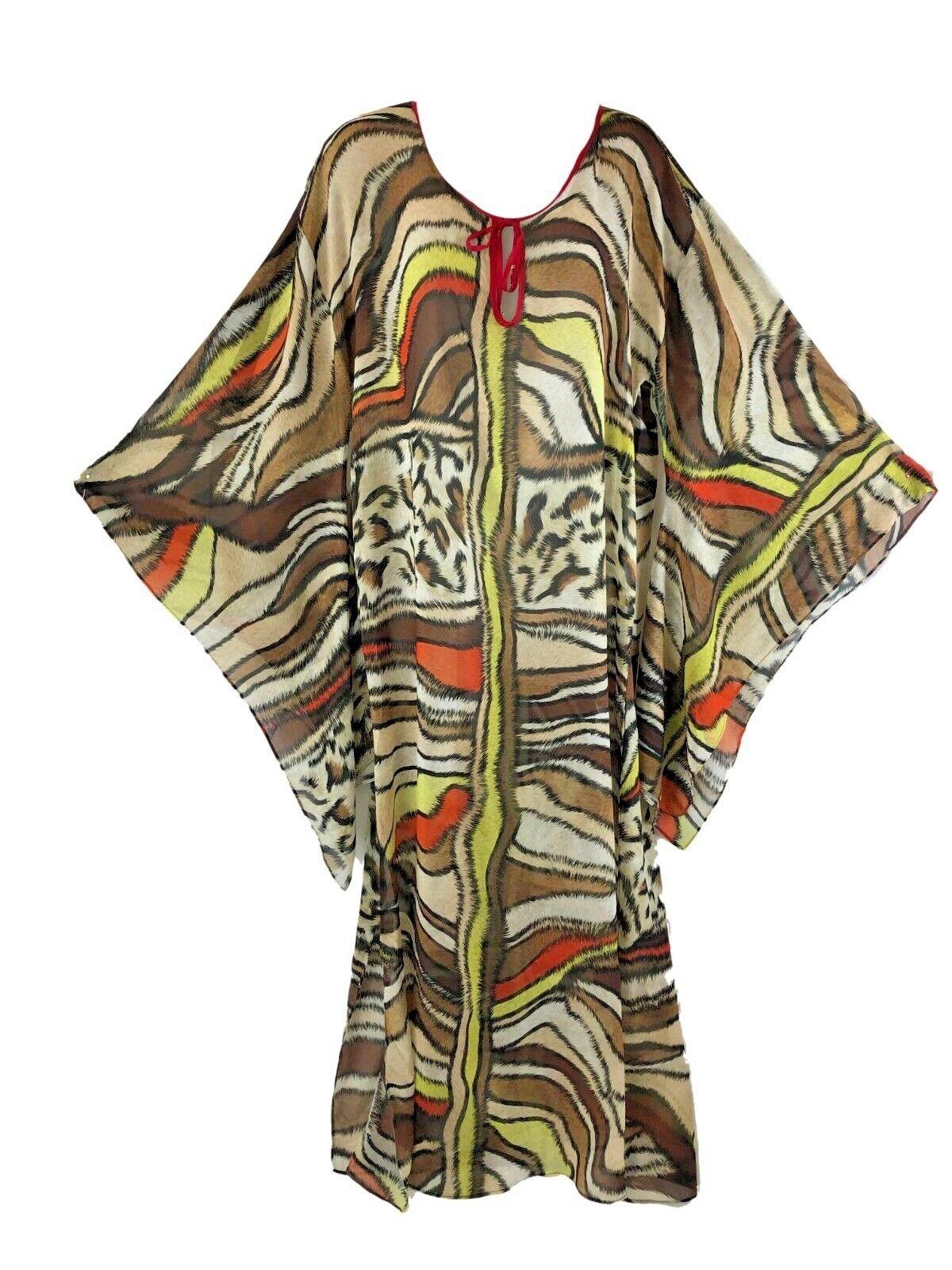 AUM Couture XS Salon Caftan Imprimé Animal Mousseline Robe Chauve-souris Neuf avec étiquettes