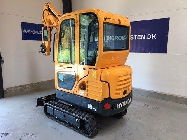 Minigraver, Fabriksny Hyundai 16 - 9