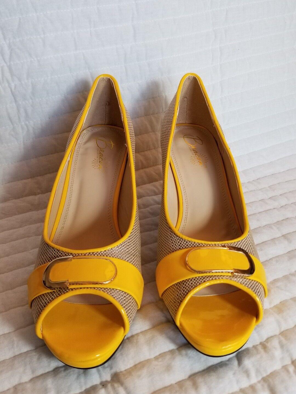 Beacon Arcade Yellow size Arcade Pump Heels NEW size Yellow 8 M c2331e