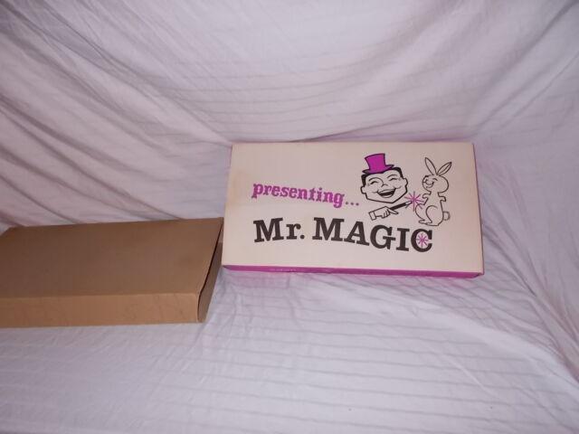 RARE VINTAGE  ADAMS MR. MAGIC SHOW #6010  MAGICIAN SET CLEAN!  LOT #F-52
