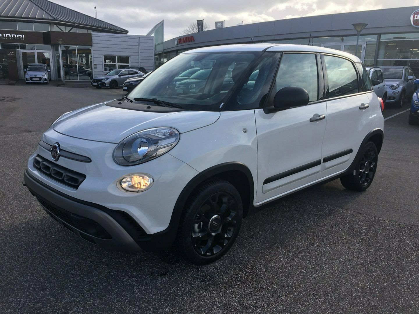Fiat 500L 0,9 TwinAir 105 Cross Edition 5d - 179.700 kr.