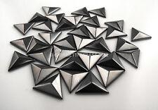 BORCHIE Piramide Triangolo 15mm Grigio ossido 10pz Hotfix termoadesive borchia