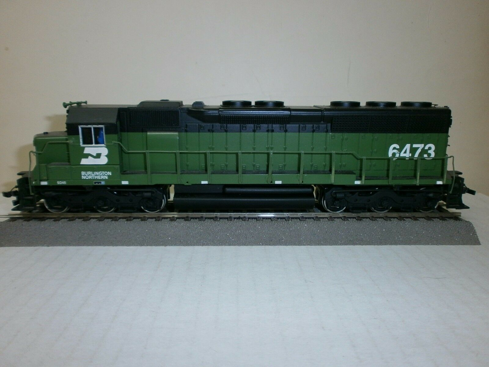 Bachmann-USA DIESEL Lok. sd-45  Burlington Northern  - h0