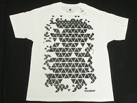 NWT NEW Mens Rocawear T-Shirt Shatter Graphic Print Tee White Urban Size XL N150