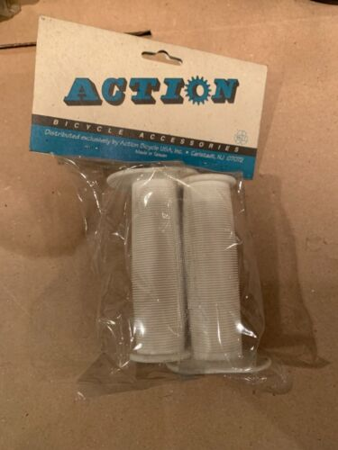 """Old School NOS Action BMX White """"Grips"""" Haro Gt Dyno 85 86 87 Freestyle Skyway"""