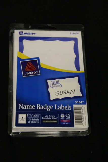 Avery 5144 Print Write Name Badges Blue Border 600 Count Ebay