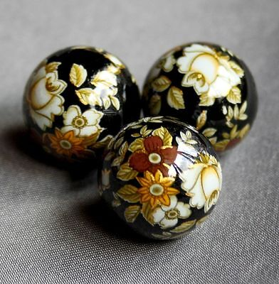 4 pcs 17mm Japanese Tensha beads with floral pattern WINE