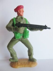 TIMPO-TOYS-RED-BERET-BERET-ROUGE-WW2-WWII-ARMY-SOLDIER-WW-2-WW-II-2