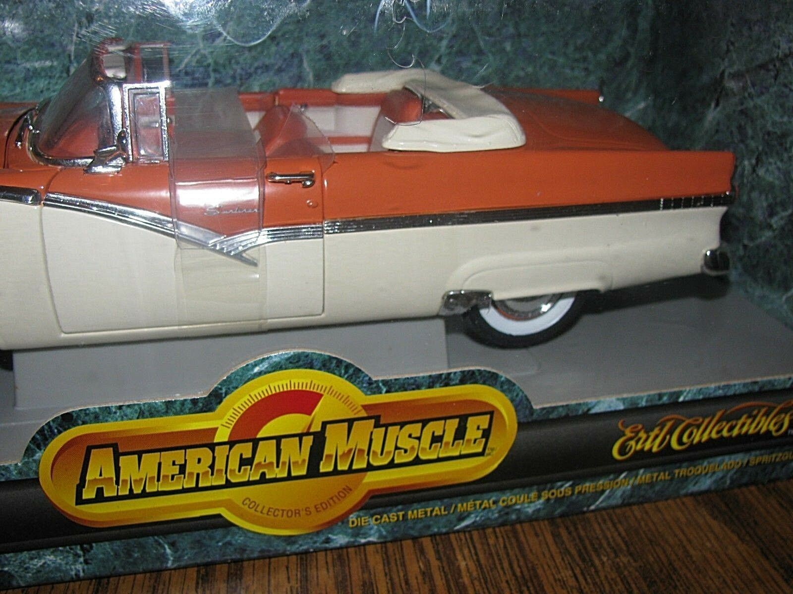 1956 Ford Sunliner Congreenible Car 1 18 18 18 American Muscle Collector Ed ERTL 1998 91cf59