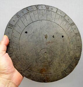 tres-beau-cadran-solaire-circulaire-19eme-en-ardoise-aux-fleurs-de-lys