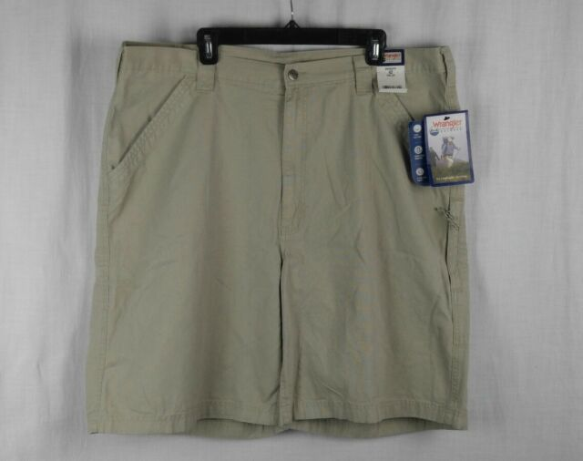 1d10c8436a Men's Wrangler Outdoor Cargo Shorts Size 42 Tan/khaki 62-16 | eBay