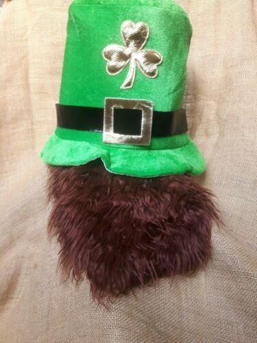 Leprechaun ha con barba