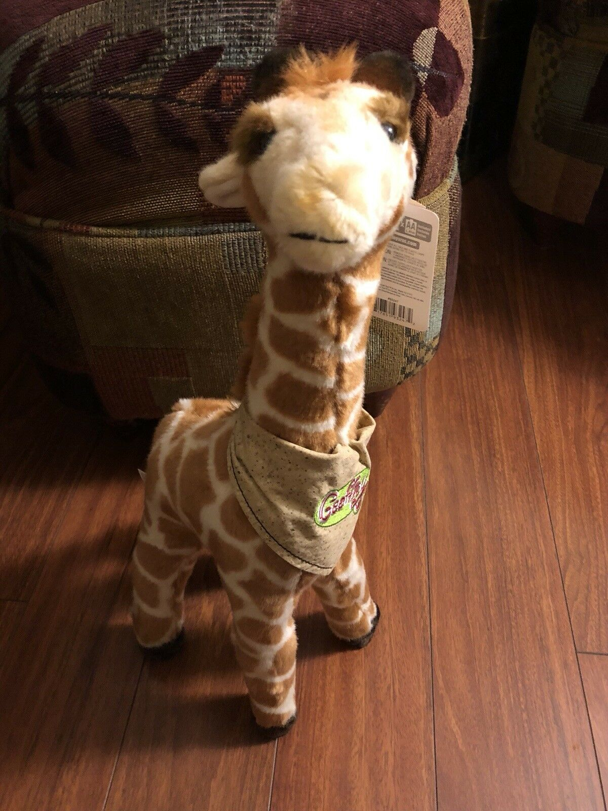 Toys R Us TALKING Geoffrey GIRAFFE Plush 18  2000 EXCELLENT condition WITH TAGS