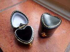 Nuevo De Estilo Vintage Joyero. Joyas Funda. Jewellers en forma de corazón Anillo Caja