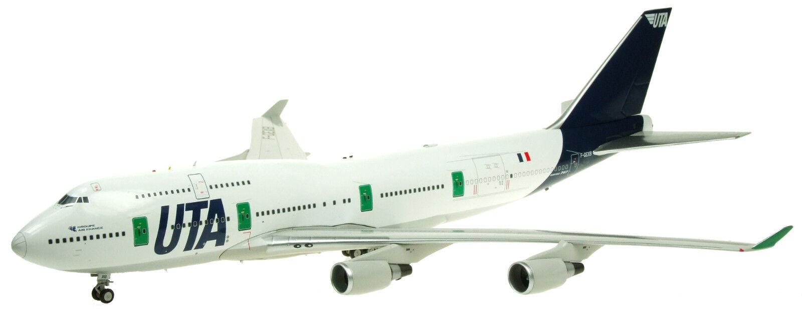 Fliegender 200 If744uta003 1 200 Uta Boeing 747-400 F-Gexb inklusive Ständer