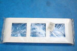 LEGRAND Plaque Mosaic 45 Verticale Triple 75023