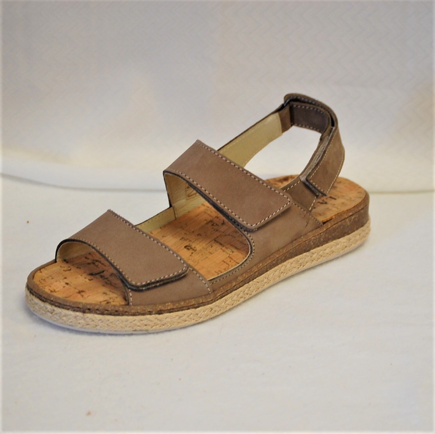 La Plume Pine Sandal with 3 adjustable Straps Coffee NuBuk pelle eur 38