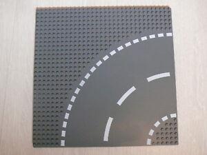 Lego-1-plaque-de-base-gris-fonce-1-dark-bluish-gray-baseplate-curve-set-7281