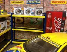 1/18 scala in plastica PNEUMATICO Rack per Garage Diorama