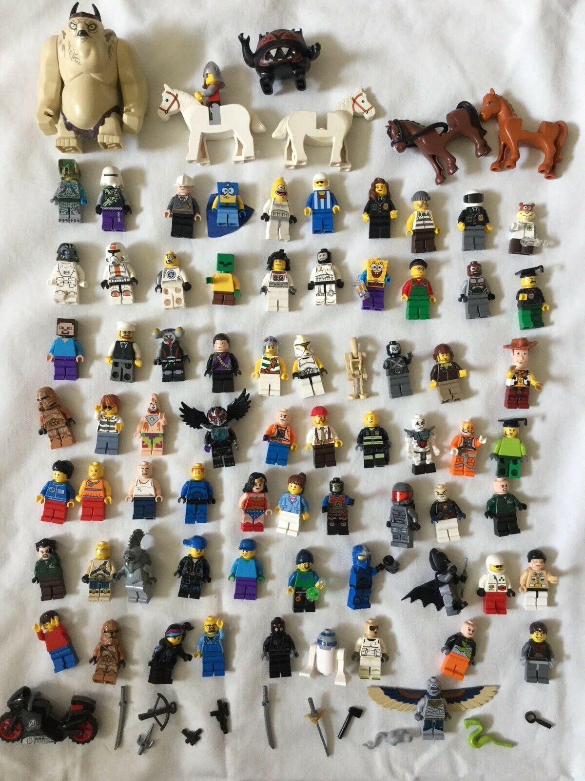 LEGO Minifigures Lot Of 70 MInifigs Figures + Some Extras Accessories