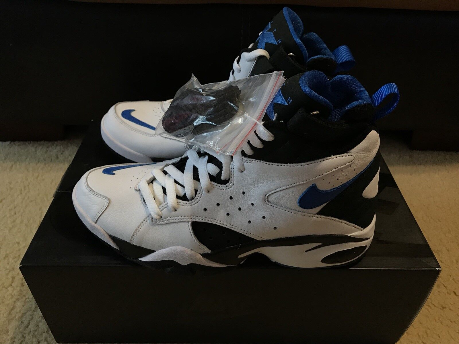 Nike Air Maestro II QS Kith Men's sz 10 White Regal bluee Black AH1069-101 NIB