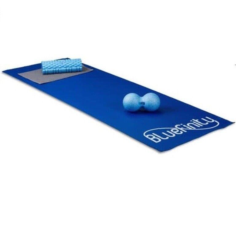 blueefinity Yogamatte Rutschfest, Dünn, mit Haltegurt, mittelgroß dunkel blue
