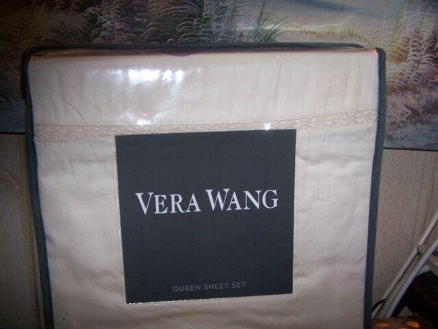 Vera Wang Two Queen Pillowcases Fretwork White NWT $150